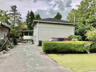 Photo 1: 8211 ELSMORE Road in Richmond: Seafair House for sale : MLS®# R2474586