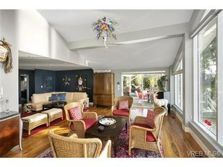 Photo 10: LUXURY REAL ESTATE FOR SALE IN DEEP COVE, B.C. CANADA SOLD With Ann Watley
