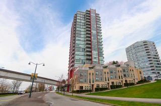 "Photo 16: 1905 125 COLUMBIA Street in New Westminster: Downtown NW Condo for sale in ""NORTHBANK"" : MLS®# R2255130"