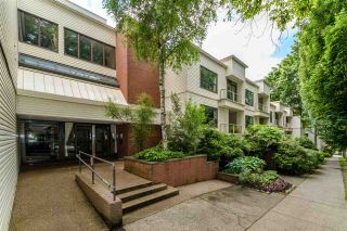 """Photo 2: 402 1350 COMOX Street in Vancouver: West End VW Condo for sale in """"Broughton Terrace"""" (Vancouver West)  : MLS®# R2474523"""