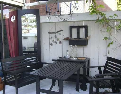 "Main Photo: 73 10200 4TH Avenue in Richmond: Steveston North Townhouse for sale in ""MANOAH VILLAGE"" : MLS®# V670074"
