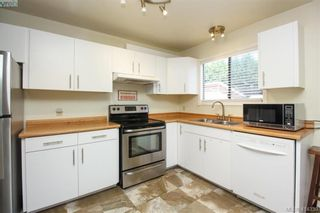 Photo 11: 3578 Wishart Rd in VICTORIA: Co Latoria House for sale (Colwood)  : MLS®# 821829