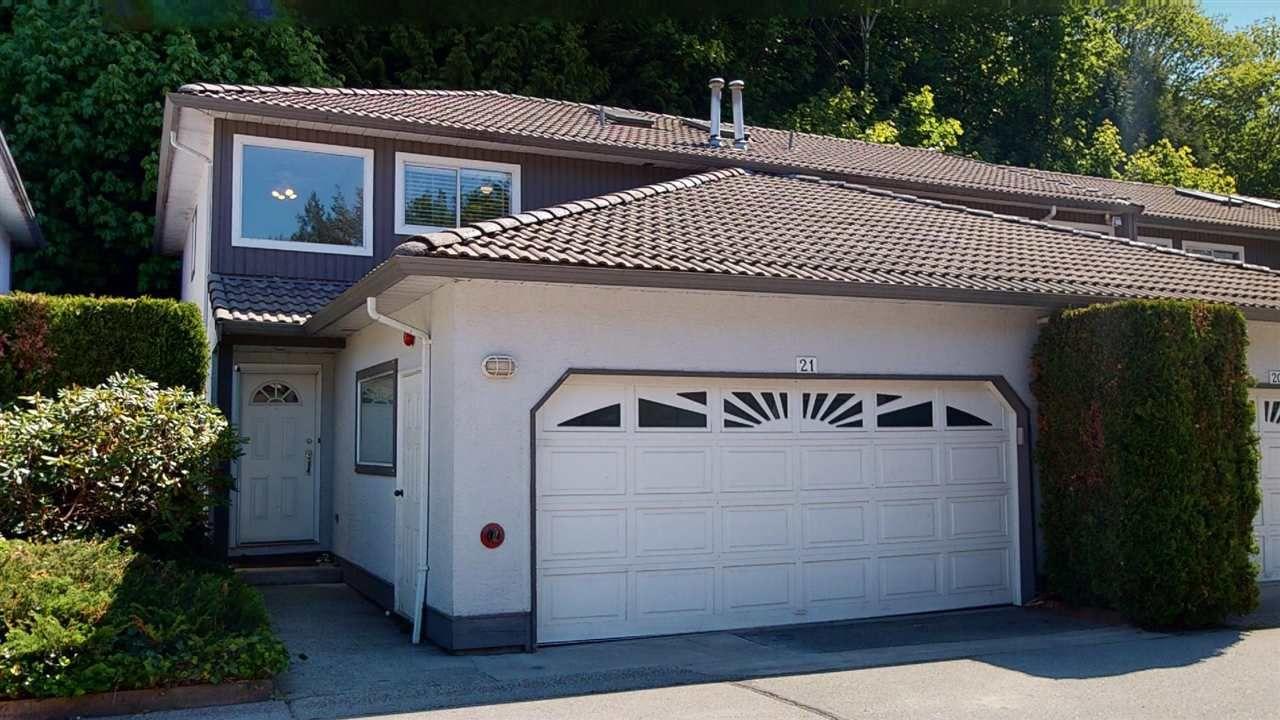 "Main Photo: 21 2401 MAMQUAM Road in Squamish: Garibaldi Highlands Townhouse for sale in ""Highland Glen"" : MLS®# R2581121"