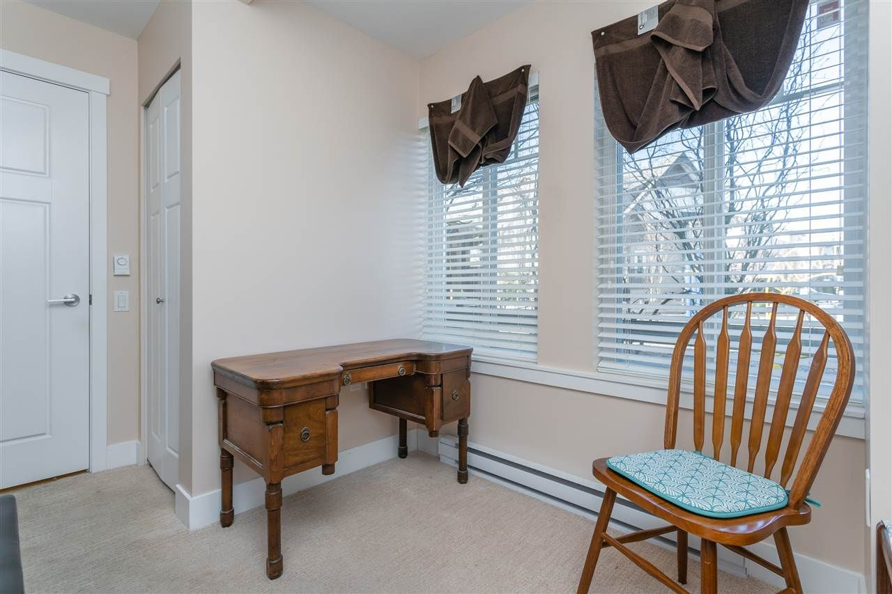 "Photo 15: Photos: 21 8250 209B Street in Langley: Willoughby Heights Townhouse for sale in ""Outlook"" : MLS®# R2352663"