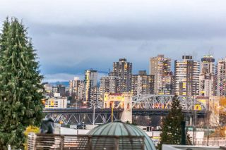 """Photo 7: 502 1565 W 6TH Avenue in Vancouver: False Creek Condo for sale in """"6TH & FIR"""" (Vancouver West)  : MLS®# R2157219"""