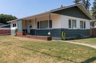 Photo 2: 12102 39 Street in Edmonton: Zone 23 House for sale : MLS®# E4255417