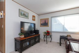 Photo 10: 11 151 Cooper Rd in VICTORIA: VR Glentana Manufactured Home for sale (View Royal)  : MLS®# 805155
