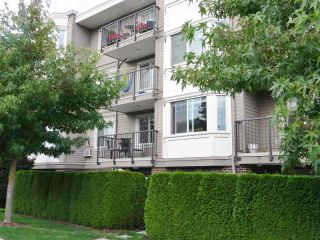 "Photo 13: 206 15357 ROPER Avenue: White Rock Condo for sale in ""Regency Court"" (South Surrey White Rock)  : MLS®# R2342552"