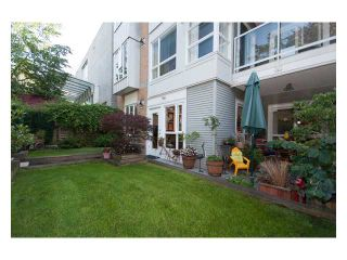 """Photo 9: 108 6198 ASH Street in Vancouver: Oakridge VW Condo for sale in """"THE GROVE"""" (Vancouver West)  : MLS®# V843824"""