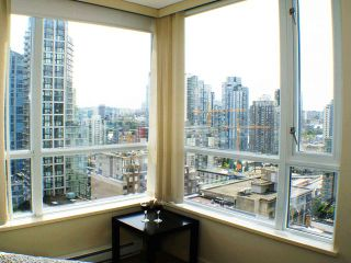 """Photo 7: # 1507 1212 HOWE ST in Vancouver: Downtown VW Condo for sale in """"1212 HOWE"""" (Vancouver West)  : MLS®# V894254"""