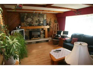 Photo 2: 20837 STONEY Avenue in Maple Ridge: Southwest Maple Ridge House for sale : MLS®# V820859