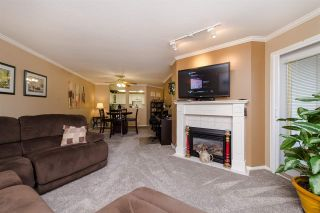 """Photo 3: 220 2626 COUNTESS Street in Abbotsford: Abbotsford West Condo for sale in """"Wedgewood"""" : MLS®# R2231848"""