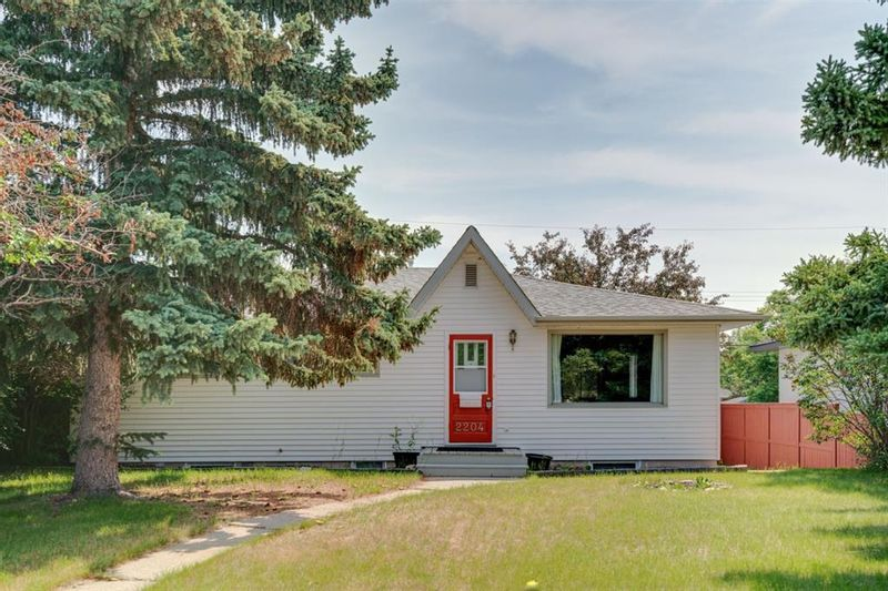 FEATURED LISTING: 2204 38 Street Southwest Calgary