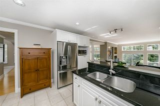 """Photo 18: 39 3405 PLATEAU Boulevard in Coquitlam: Westwood Plateau Townhouse for sale in """"PINNACLE RIDGE"""" : MLS®# R2465579"""