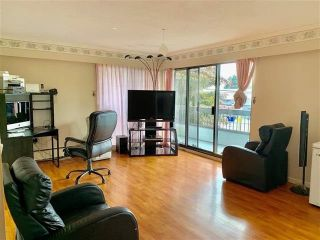 "Photo 2: 210 7180 LINDEN Avenue in Burnaby: Highgate Condo for sale in ""Linden House"" (Burnaby South)  : MLS®# R2473285"