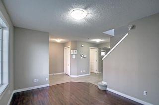 Photo 5: 80 Taralake Road NE in Calgary: Taradale Detached for sale : MLS®# A1149877