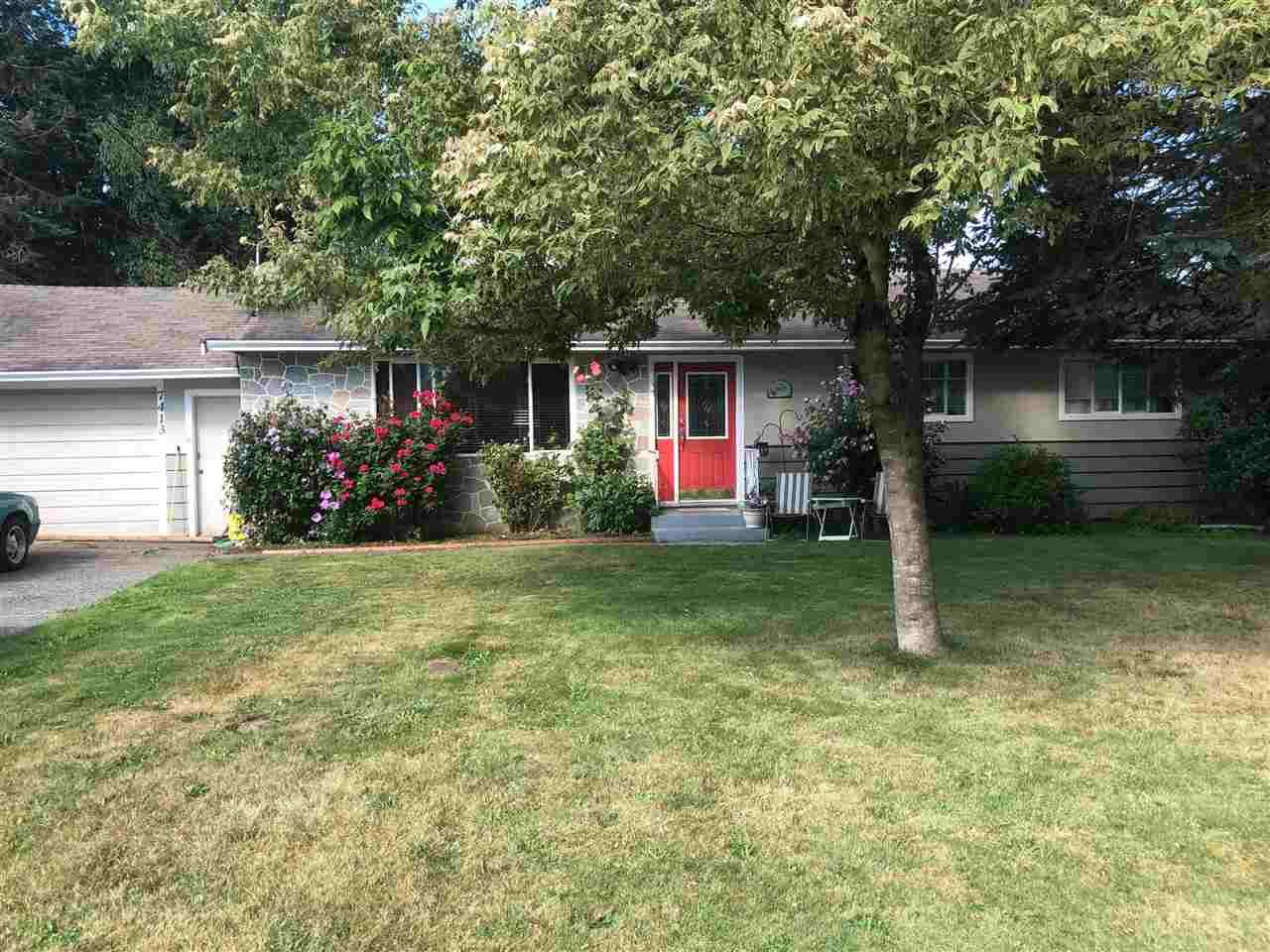 Main Photo: 7413 LEARY Crescent in Sardis: Sardis West Vedder Rd House for sale : MLS®# R2397049