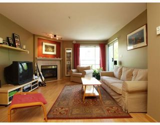 """Photo 3: 303 789 W 16TH Avenue in Vancouver: Fairview VW Condo for sale in """"SIXTEEN WILLOWS"""" (Vancouver West)  : MLS®# V774177"""