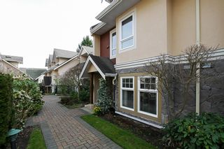 """Photo 1: 19 15432 16A Avenue in Surrey: King George Corridor Townhouse for sale in """"CARLTON COURT"""" (South Surrey White Rock)  : MLS®# F1407116"""