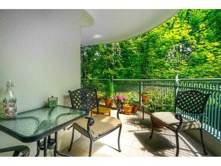 """Photo 25: 209 1785 MARTIN Drive in Surrey: Sunnyside Park Surrey Condo for sale in """"Southwynd"""" (South Surrey White Rock)  : MLS®# R2591811"""