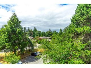 """Photo 23: 302 1720 SOUTHMERE Crescent in White Rock: Sunnyside Park Surrey Condo for sale in """"Capstan Way"""" (South Surrey White Rock)  : MLS®# R2602939"""
