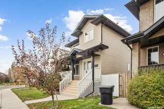 Photo 3: 562 Maguire Lane in Saskatoon: Willowgrove Residential for sale : MLS®# SK872365