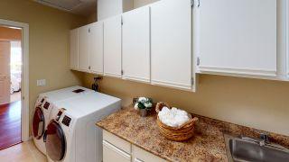 Photo 17: 6394 N GALE Avenue in Sechelt: Sechelt District House for sale (Sunshine Coast)  : MLS®# R2467349