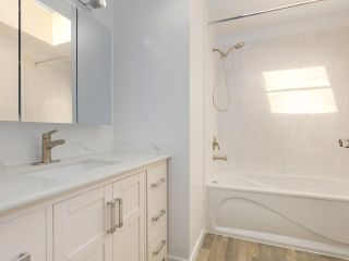"""Photo 16: 6 960 W 13TH Avenue in Vancouver: Fairview VW Townhouse for sale in """"BRICKHOUSE"""" (Vancouver West)  : MLS®# R2381516"""