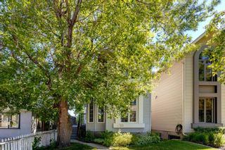 Photo 3: 1733 30 Avenue SW in Calgary: South Calgary Detached for sale : MLS®# A1122614