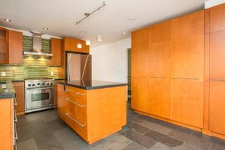 Photo 13: 2425 W 13TH Avenue in Vancouver: Kitsilano House for sale (Vancouver West)  : MLS®# R2584284