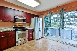 Photo 8: 71 13706 74 Avenue in Surrey: East Newton Townhouse for sale : MLS®# R2215305