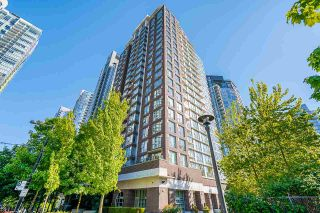 """Photo 34: 2306 550 PACIFIC Street in Vancouver: Yaletown Condo for sale in """"AQUA AT THE PARK"""" (Vancouver West)  : MLS®# R2580725"""