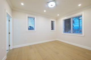 Photo 14: 2876 CLARKE Street in Vancouver: Renfrew Heights 1/2 Duplex for sale (Vancouver East)  : MLS®# R2377167