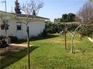 Photo 6: CLAIREMONT House for sale : 3 bedrooms : 4670 El Penon Way in San Diego