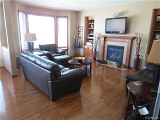 Photo 6: 136 Lindmere Drive in WINNIPEG: River Heights / Tuxedo / Linden Woods Residential for sale (South Winnipeg)  : MLS®# 1405939