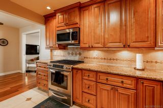 Photo 12: SAN DIEGO House for sale : 4 bedrooms : 5035 Pirotte Dr
