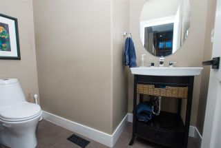 Photo 9: 825 TODD Court in Edmonton: Zone 14 House for sale : MLS®# E4231583