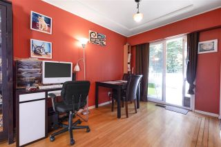 "Photo 5: 4949 FULWELL Street in Burnaby: Greentree Village House for sale in ""Greentree Village"" (Burnaby South)  : MLS®# R2496221"