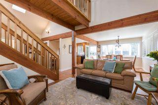 Photo 9: 7166 HESSLEA Crescent in Abbotsford: Bradner House for sale : MLS®# R2572032