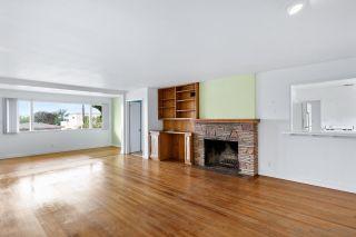 Photo 13: SOLANA BEACH House for sale : 3 bedrooms : 654 Glenmont