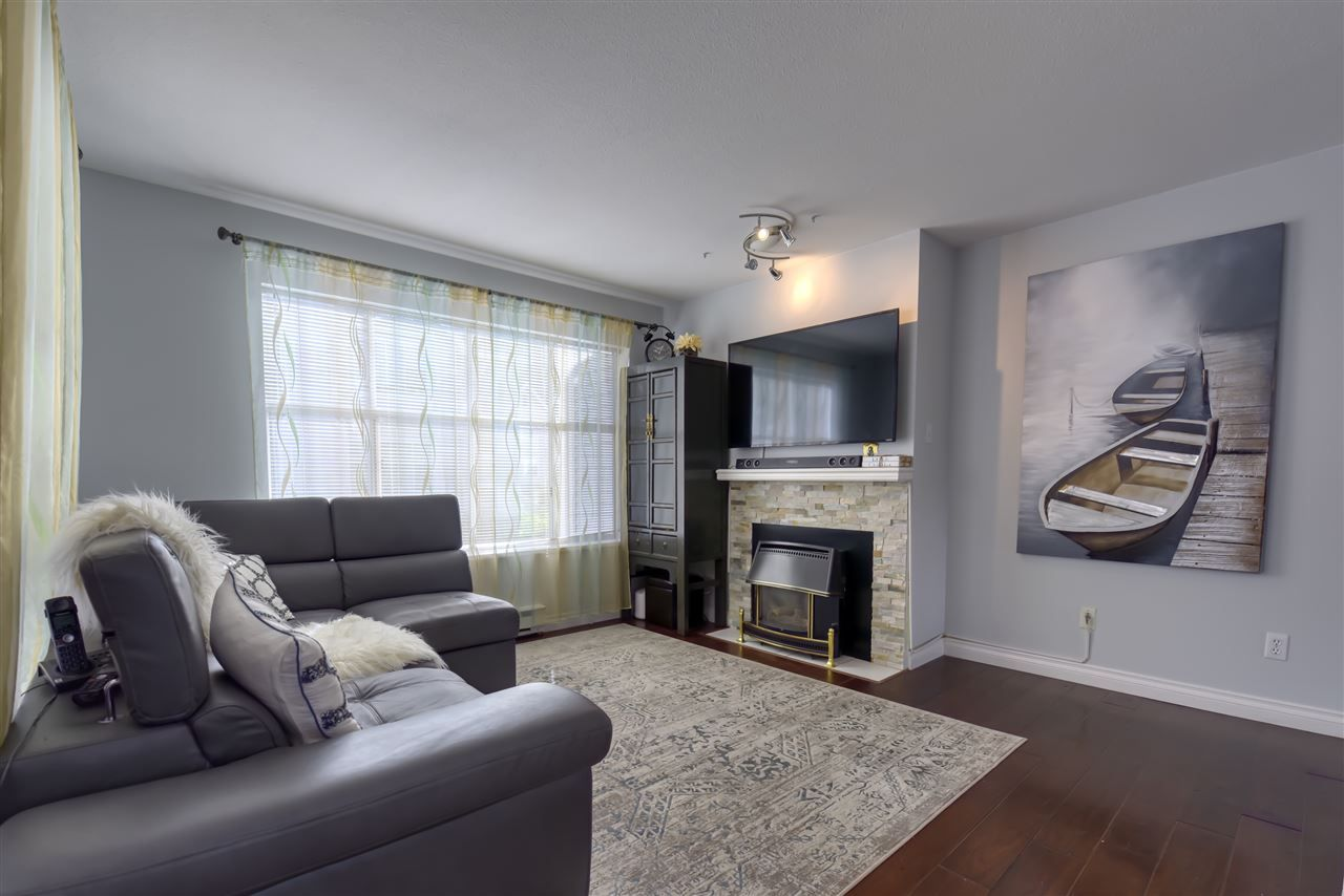 Photo 2: Photos: 8 2450 HAWTHORNE Avenue in Port Coquitlam: Central Pt Coquitlam Townhouse for sale : MLS®# R2499500