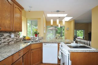 Photo 10: 17 ARROW-WOOD Place in Port Moody: Heritage Mountain House for sale : MLS®# R2177275