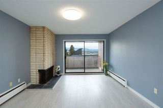 "Photo 1: 208 2211 W 2ND Avenue in Vancouver: Kitsilano Condo for sale in ""Kitsilano Terrace"" (Vancouver West)  : MLS®# R2574872"