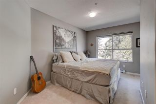 """Photo 20: 311 15272 20 Avenue in Surrey: King George Corridor Condo for sale in """"Windsor Court"""" (South Surrey White Rock)  : MLS®# R2582826"""