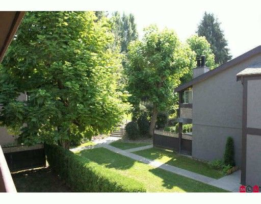 """Main Photo: 515 34909 OLD YALE Road in Abbotsford: Abbotsford East Townhouse for sale in """"THE GARDENS"""" : MLS®# F2926362"""