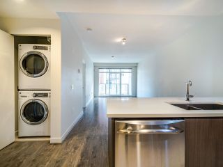 "Photo 6: 503 5981 GRAY Avenue in Vancouver: University VW Condo for sale in ""SAIL"" (Vancouver West)  : MLS®# R2511579"