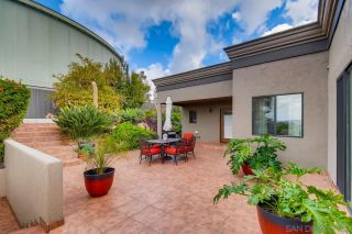 Photo 4: MOUNT HELIX House for sale : 5 bedrooms : 4460 Ad Astra Way in La Mesa