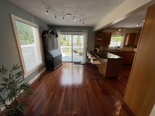 Photo 9: 376 Ormsby Road in Edmonton: Zone 20 House for sale : MLS®# E4255674