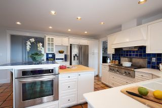 Photo 12: 5123 REDONDA Drive in North Vancouver: Canyon Heights NV House for sale : MLS®# R2613426