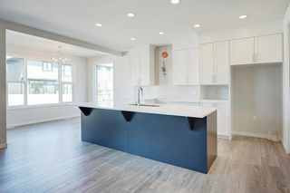Photo 6: 7270 11 Avenue SW in Calgary: West Springs Detached for sale : MLS®# C4271399